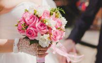Обязательно ли дарить на свадьбу цветы — свадебные советы